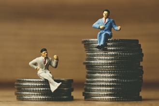 離婚した元夫の遺族年金を、元妻がもらうか子供がもらうかで月額約8万4千円も違ってくる話